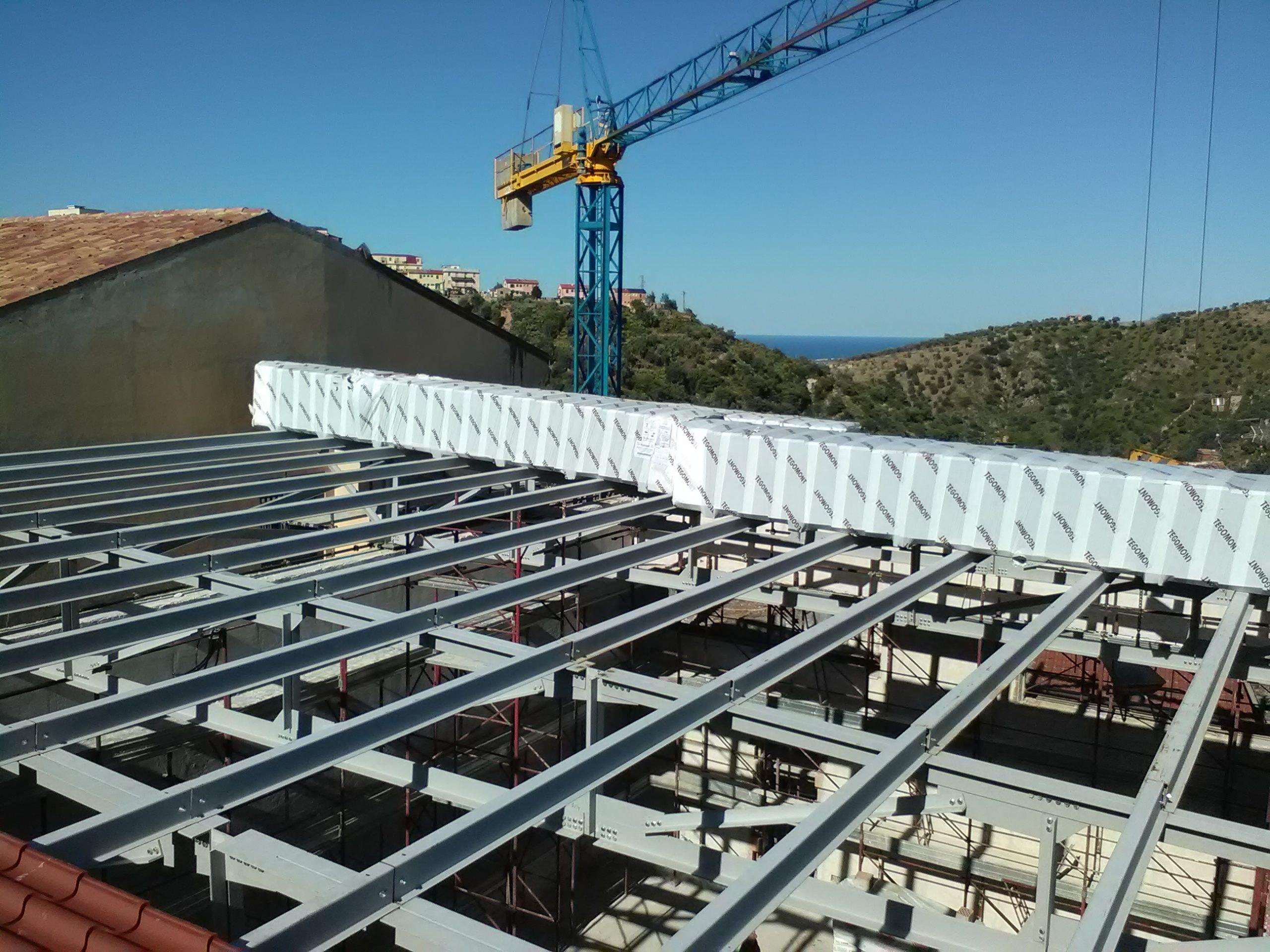 31 Montaggio struttura non realizzata dalla nostra azienda lavoro eseguito su Rossano CS