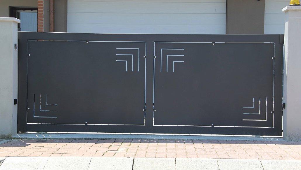 cancello-scorrevole-moderno
